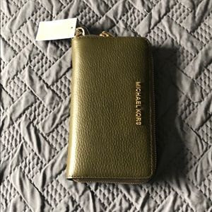 Michael Kors leather phone case wallet